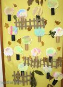 Podzimní dekorace na nástěnku - ruličky jako kmínek