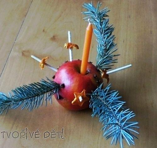 Vánoční jablíčko - ozdoba na stůl