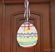 Velikonoční zápichy a ozdoba na dveře - kartonové vejce