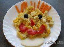 Veselé nudle s vejcem