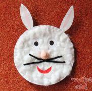 Zajíček z dortového talíře - velikonoční tvoření