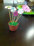 Kvetináčik na deň matiek