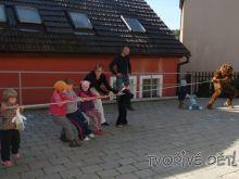 Hry pro děti venku - Hra PŘETAHOVANÁ S MEDVĚDEM