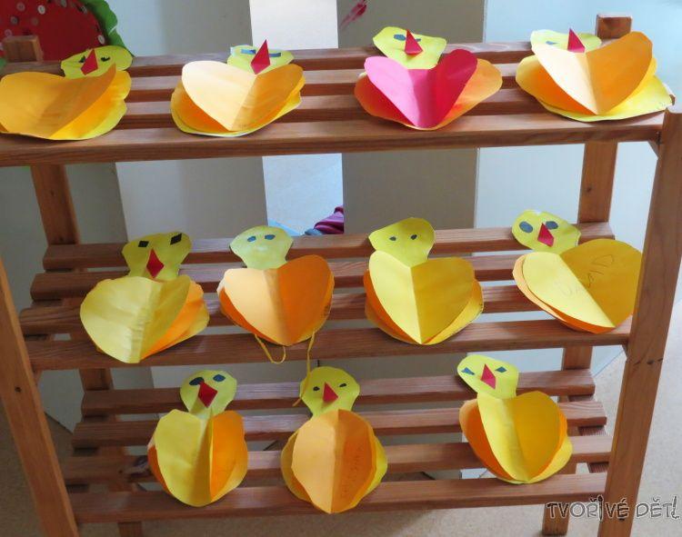 Kuřátka z barevného papíru - tvoření s nejmenšími