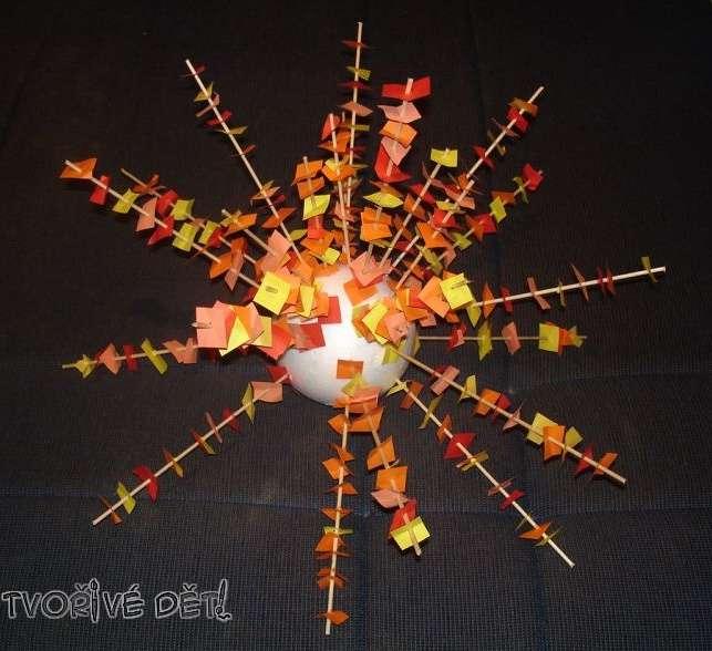 polystyrenová koule - napichování papírků