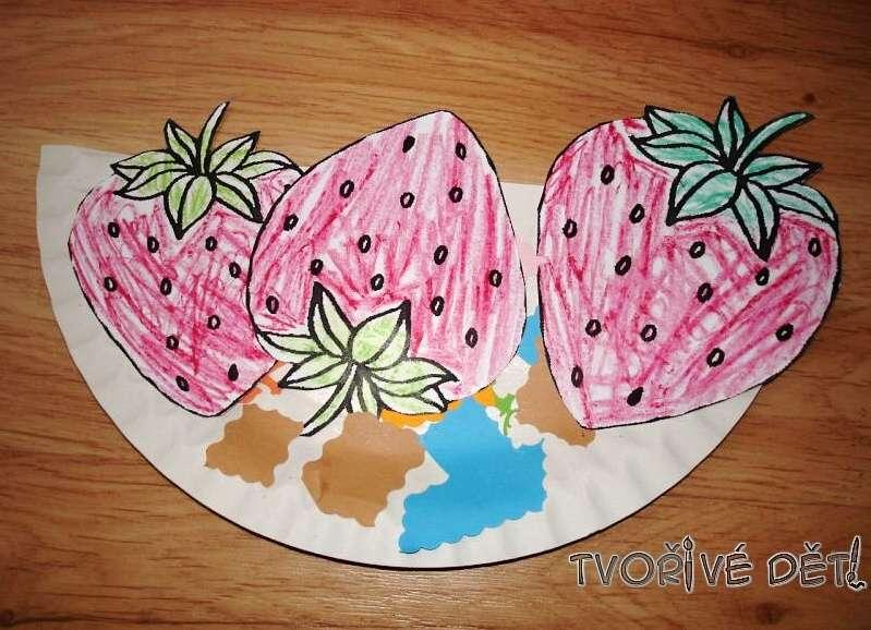 Tvoření z dortových talířů - Miska s jahůdkami