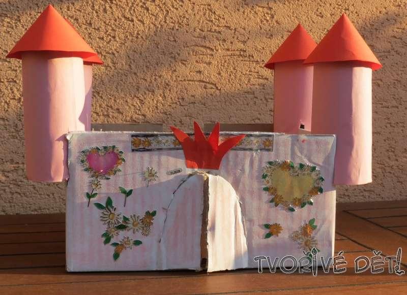 Tvoření z toaletních ruliček - Zámek pro princeznu
